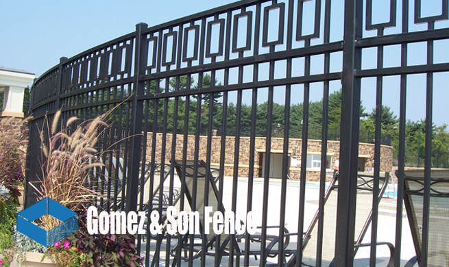 commercial fence fabrication